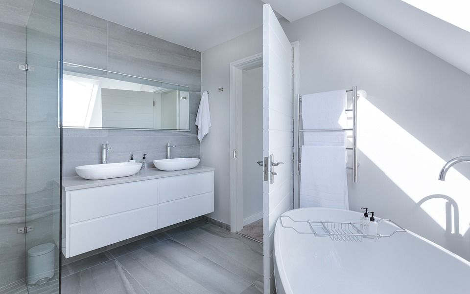 4 Unusual Factors that Play Pivotal Role in Selecting Your Bathroom Vanities
