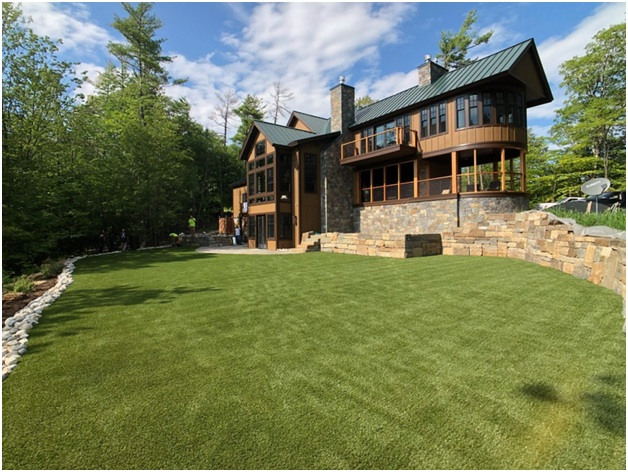 Easy Ways to Keep Your Synthetic Lawn Looking Great
