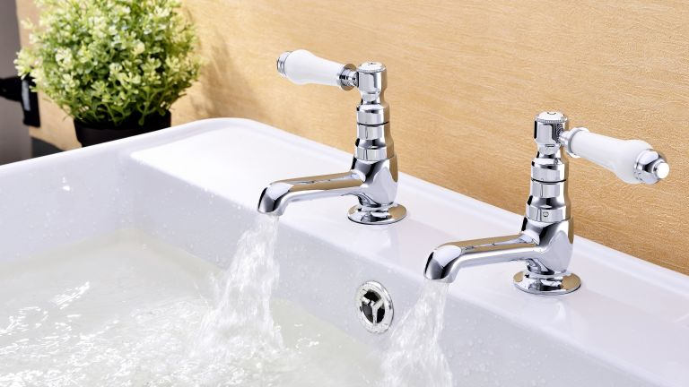 How to choose bathroom taps?